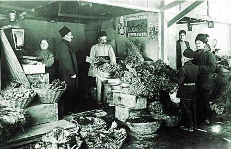 http://www.ourbaku.com/images/d/d8/Market_21.jpg