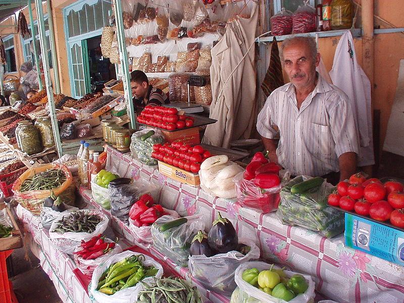 http://www.ourbaku.com/images/thumb/6/6b/Teze_Bazar_Mamed_Ali.JPG/800px-Teze_Bazar_Mamed_Ali.JPG