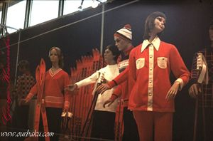 21 1976 Konovalov Polish Exhibition fashion.jpg