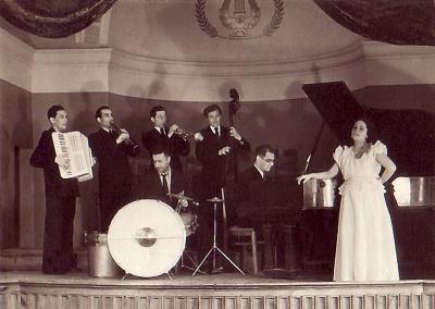 Jazz-kino Nizami.jpg
